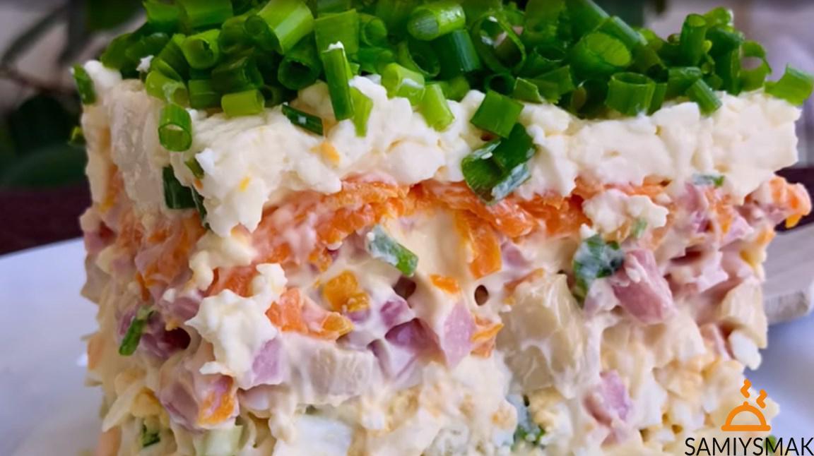 Салат с плавленным сыром и грибами
