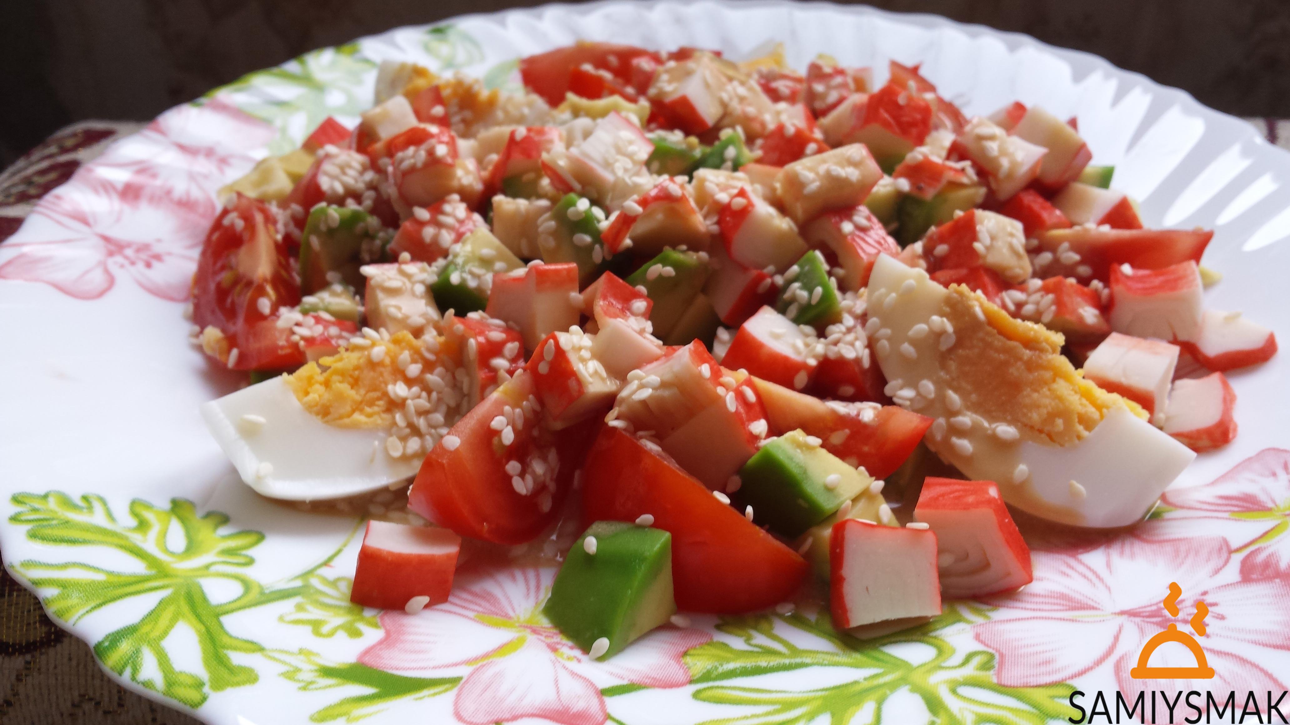 Салат с кабачками крабовыми палочками