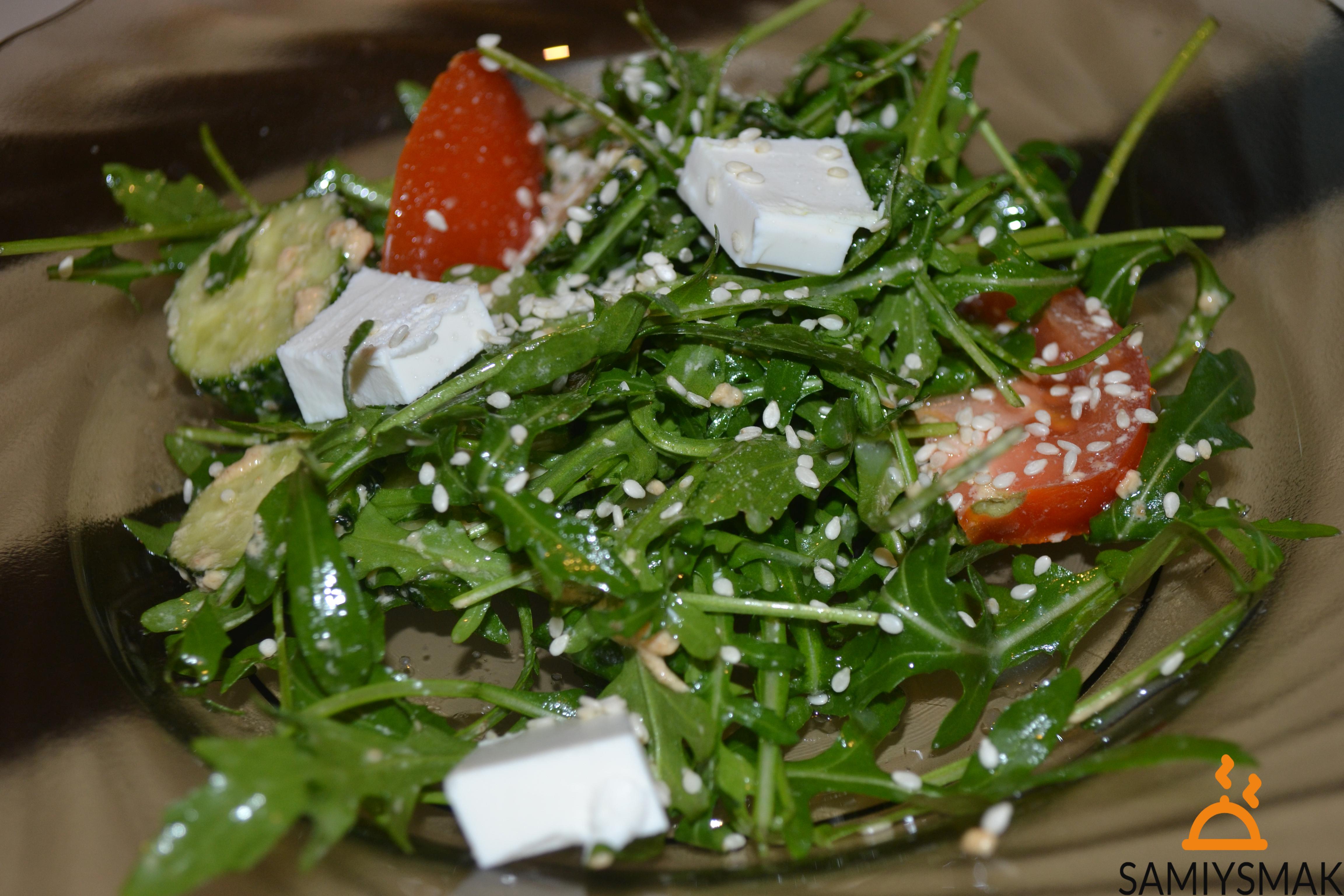 Салат из листьев одуванчика рецепт