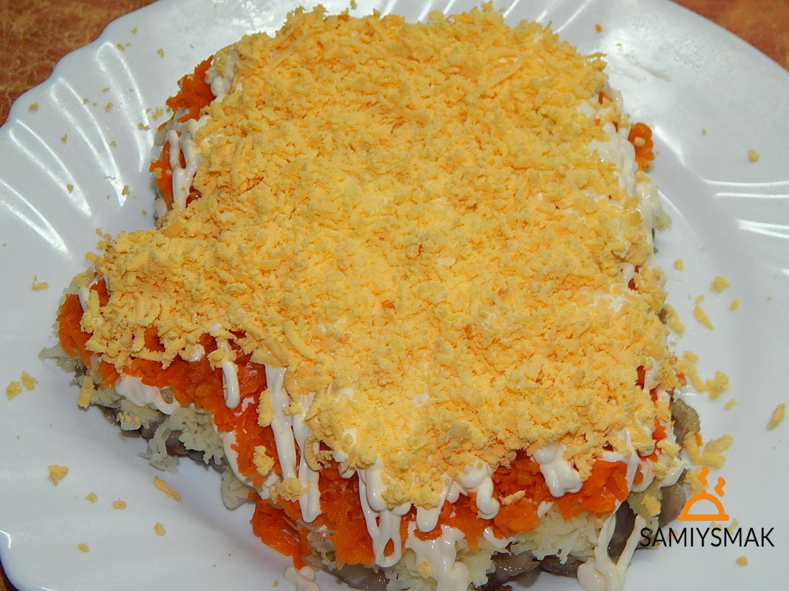 Яичный слой с морковью