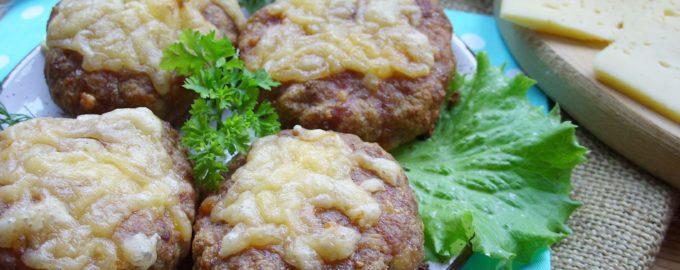 Котлеты в духовке из мяса с сыром