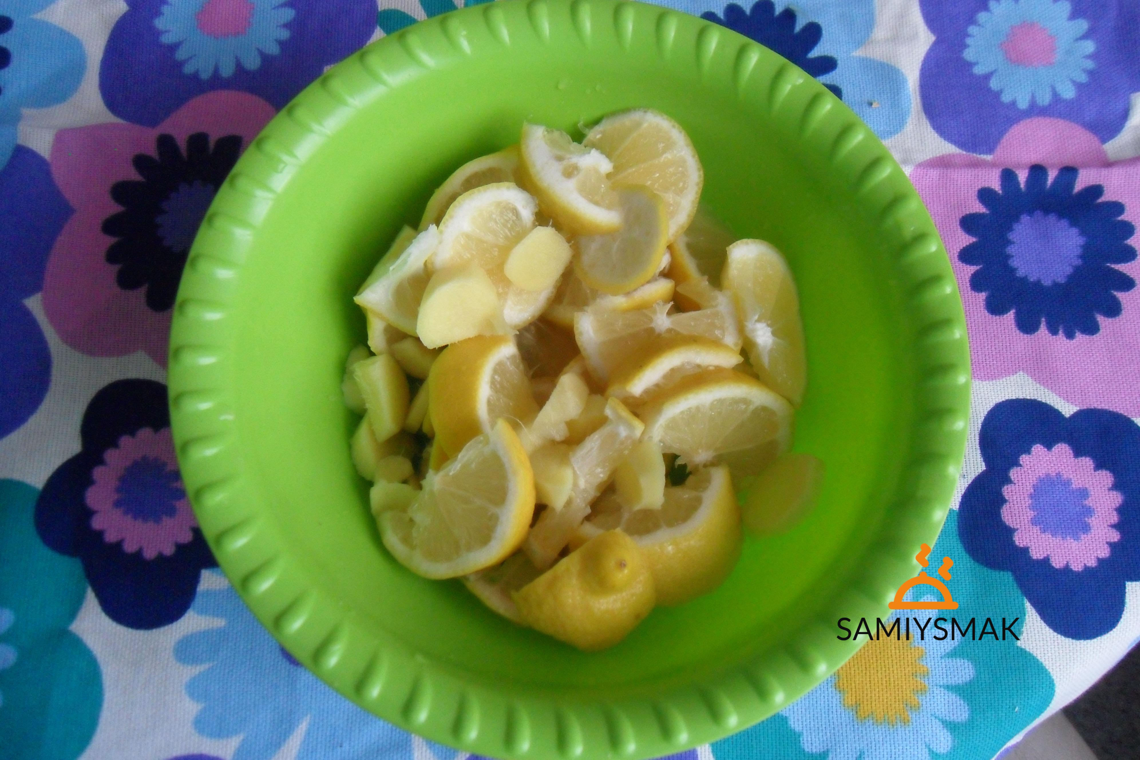 Нарезка лимонов