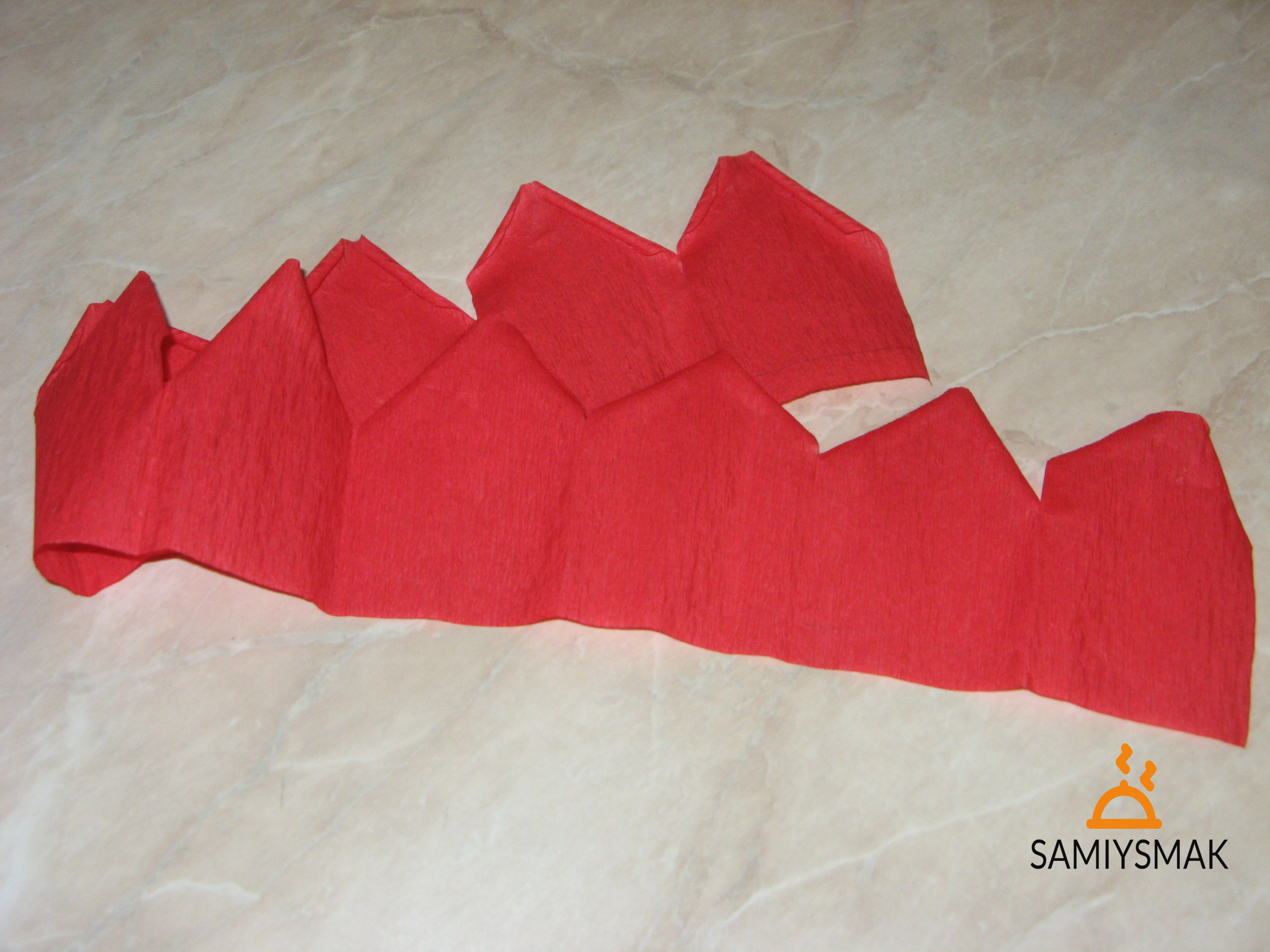 Треугольная форма лепестков