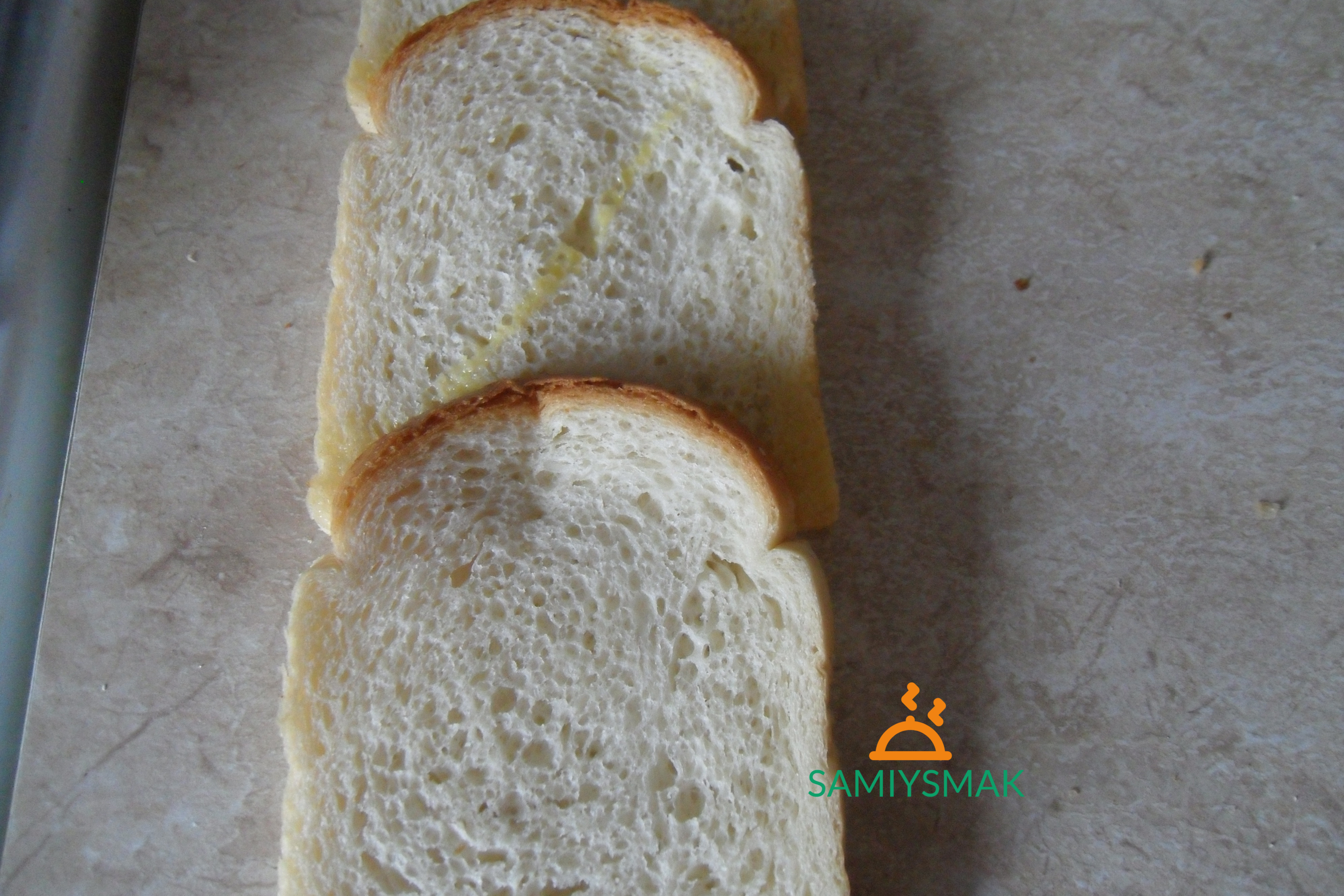 Второй слой хлеба