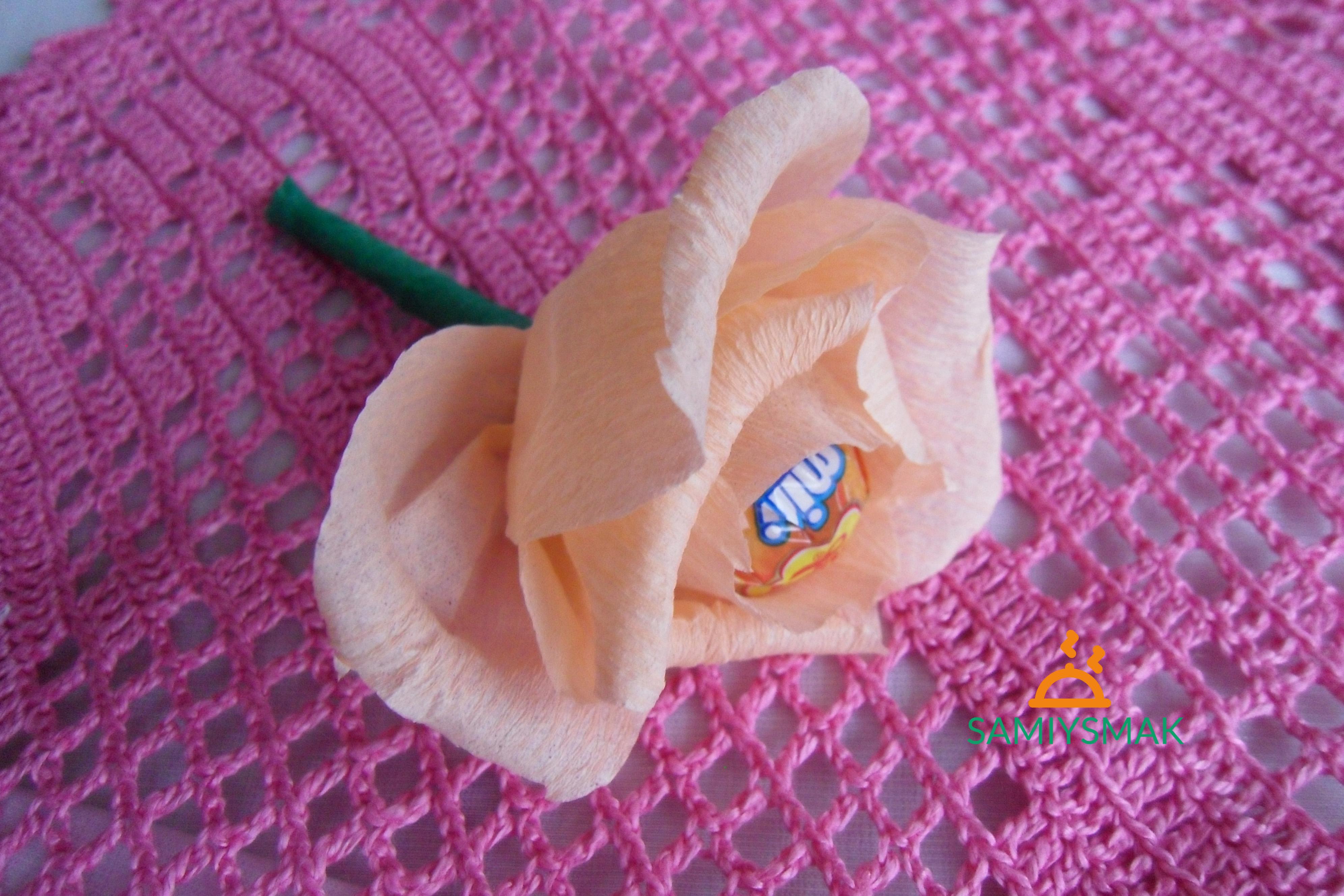 Чупа-чупс с цветком