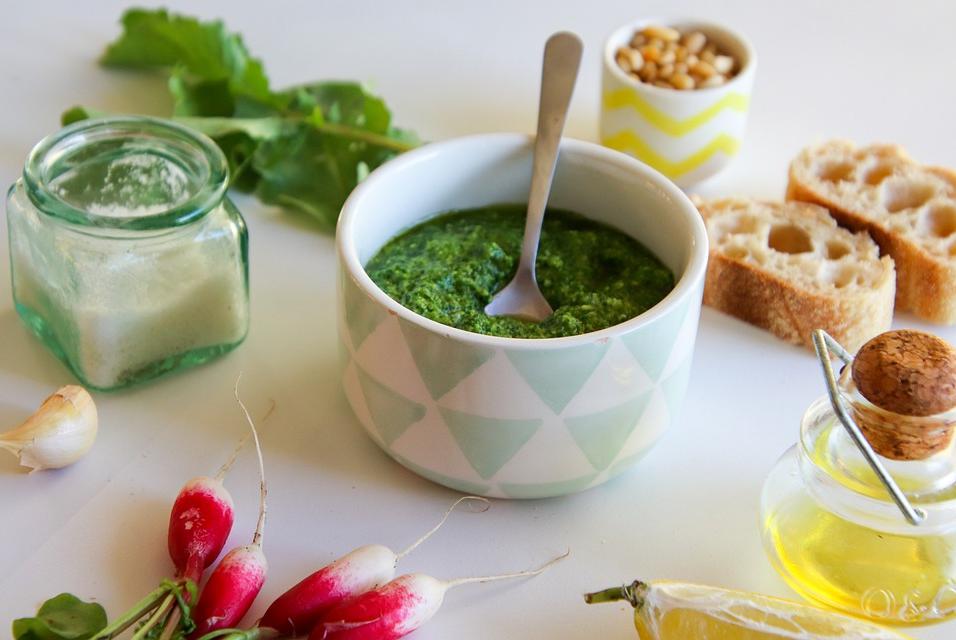 Соус из свежей зелени