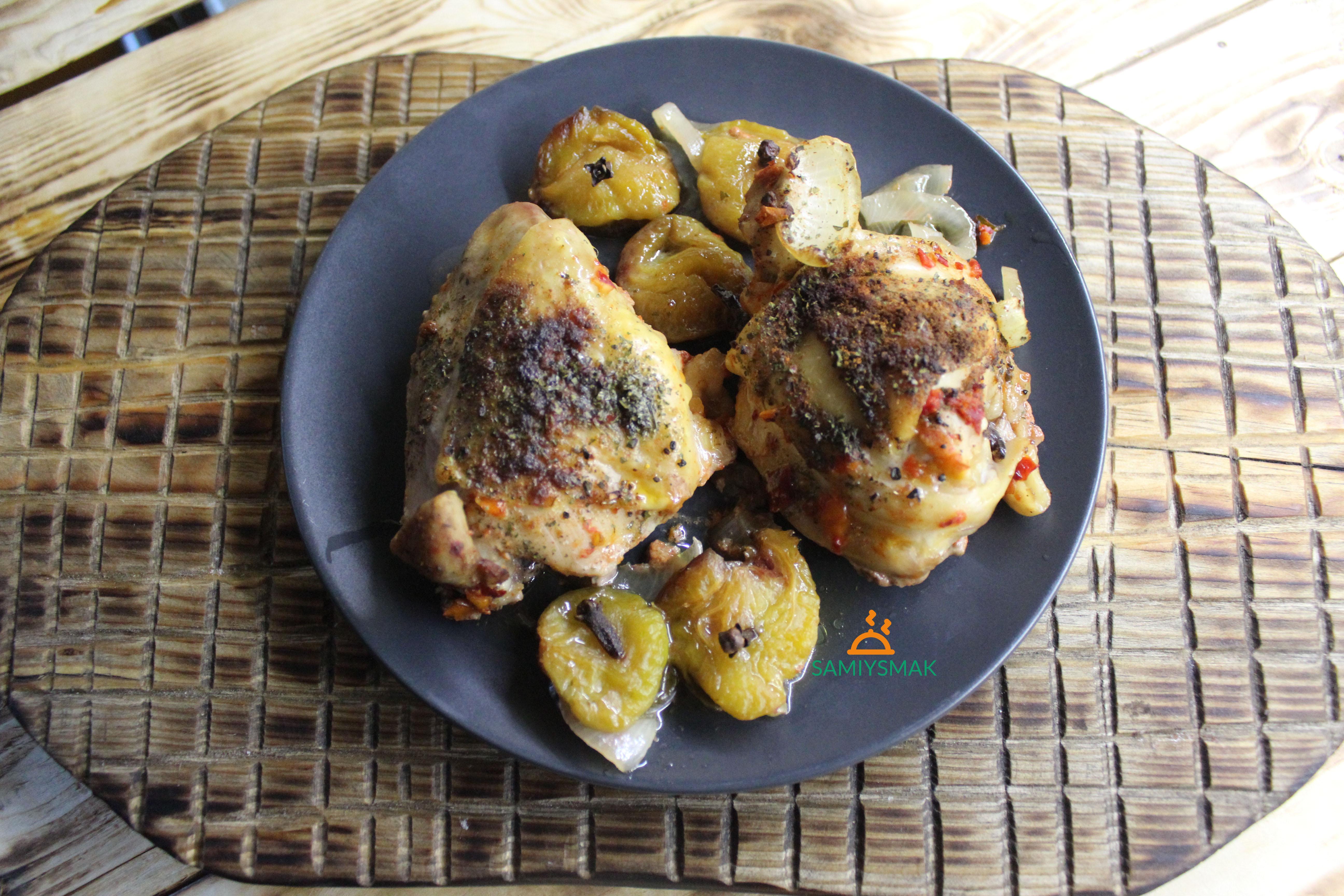 Как запечь курицу со сливами
