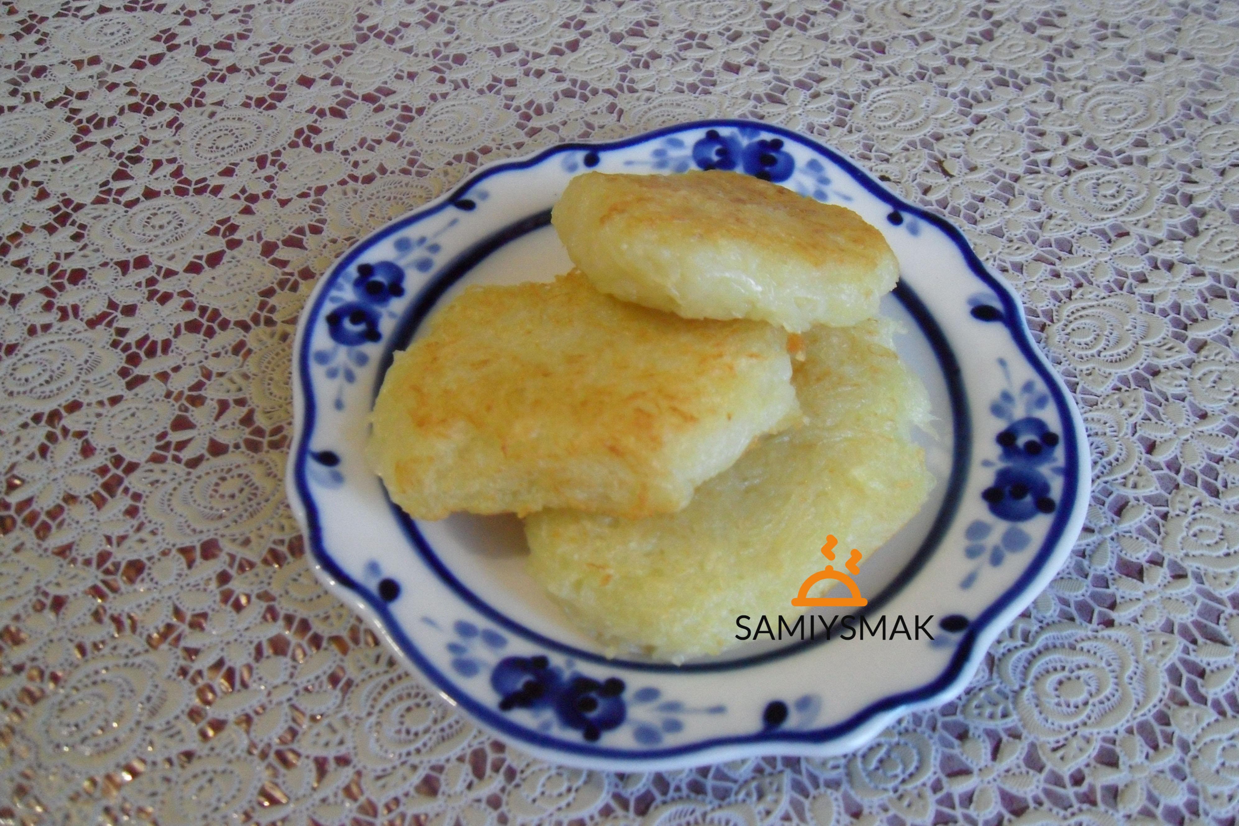 Драники из картошки на тарелке
