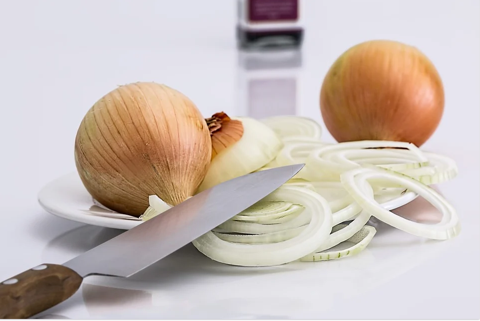 Луковый салат для ужина