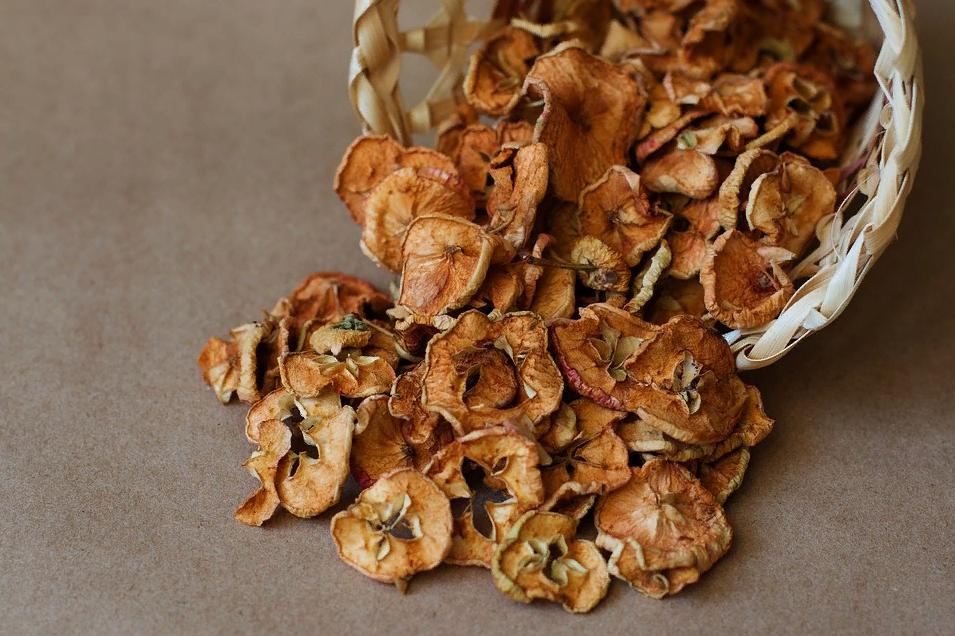 Домашние чипсы из яблок