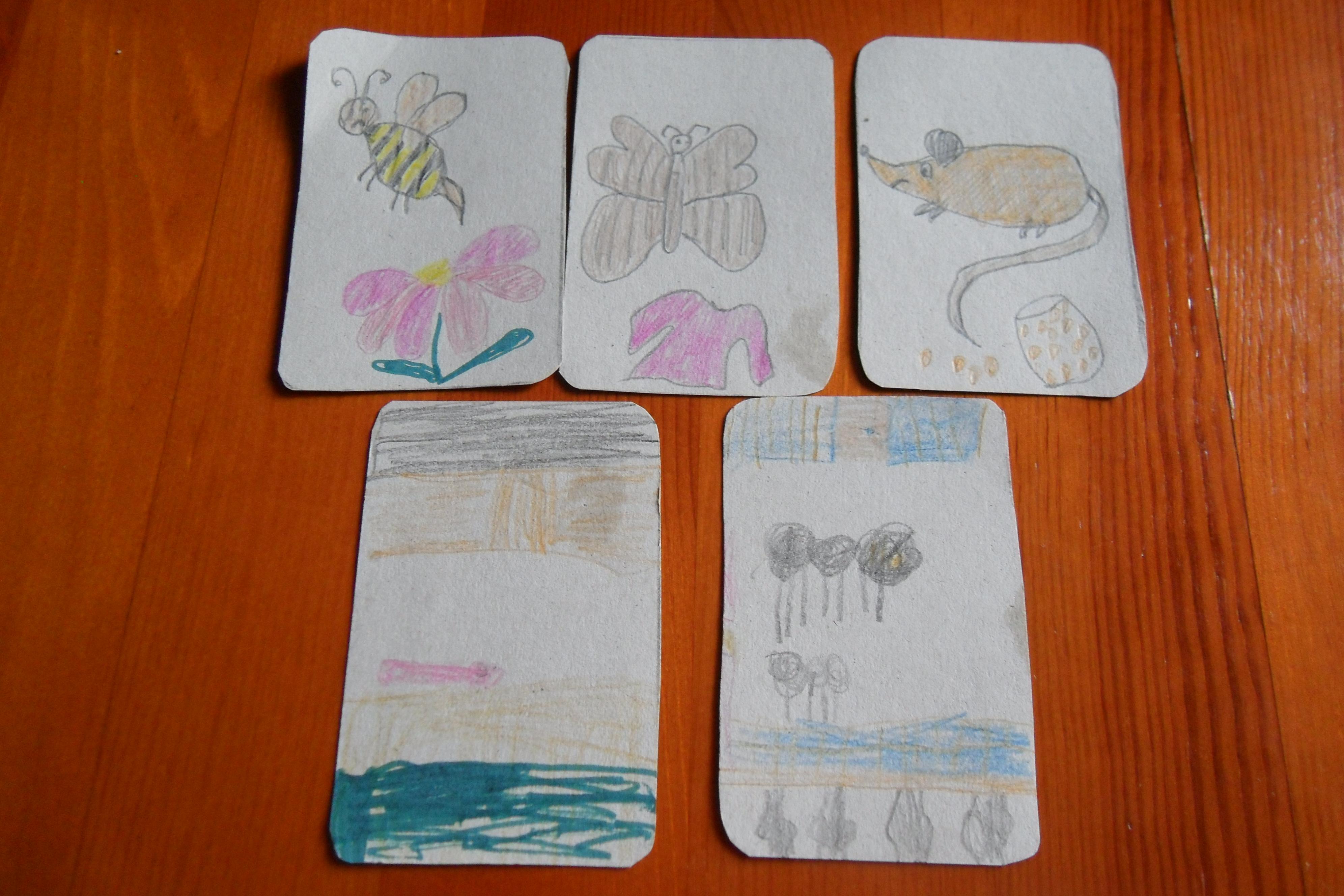 Карточки игры в Клуэдо